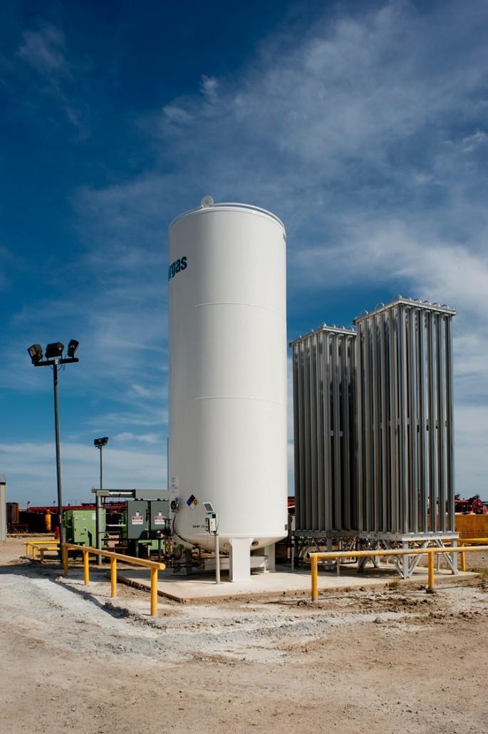 gas free services nitrogen tank 1988 685x1030 - Industrial Technology